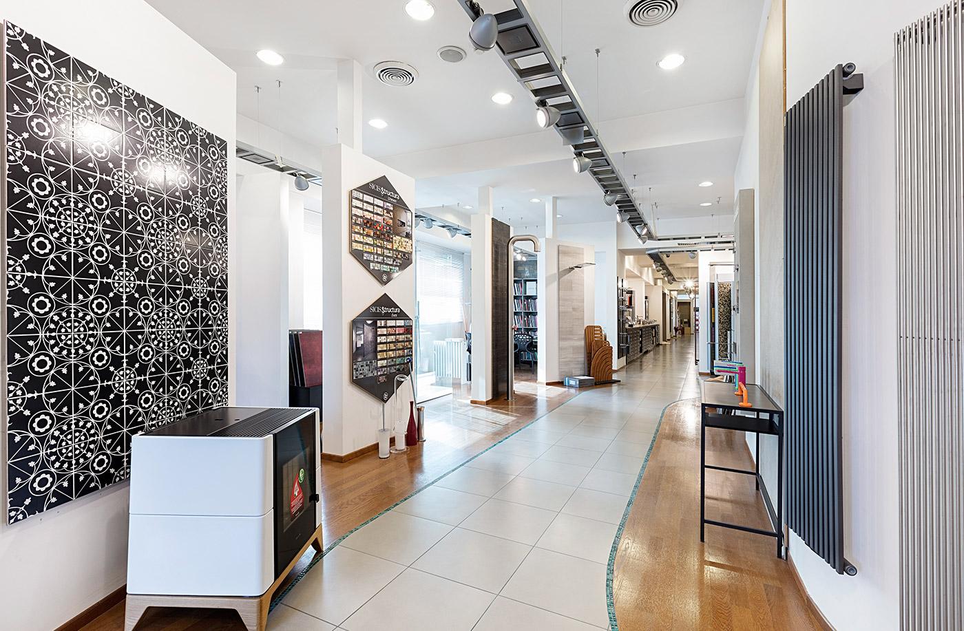 img-showroom